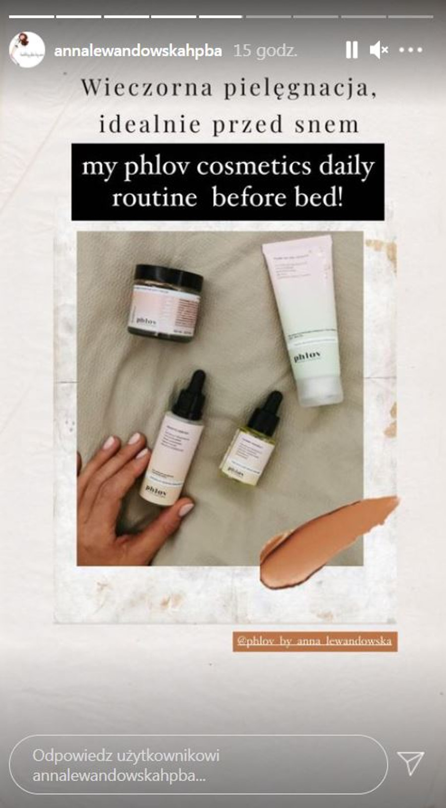 Anna Lewandowska pokazała, jakich kosmetyków używa przed snem.