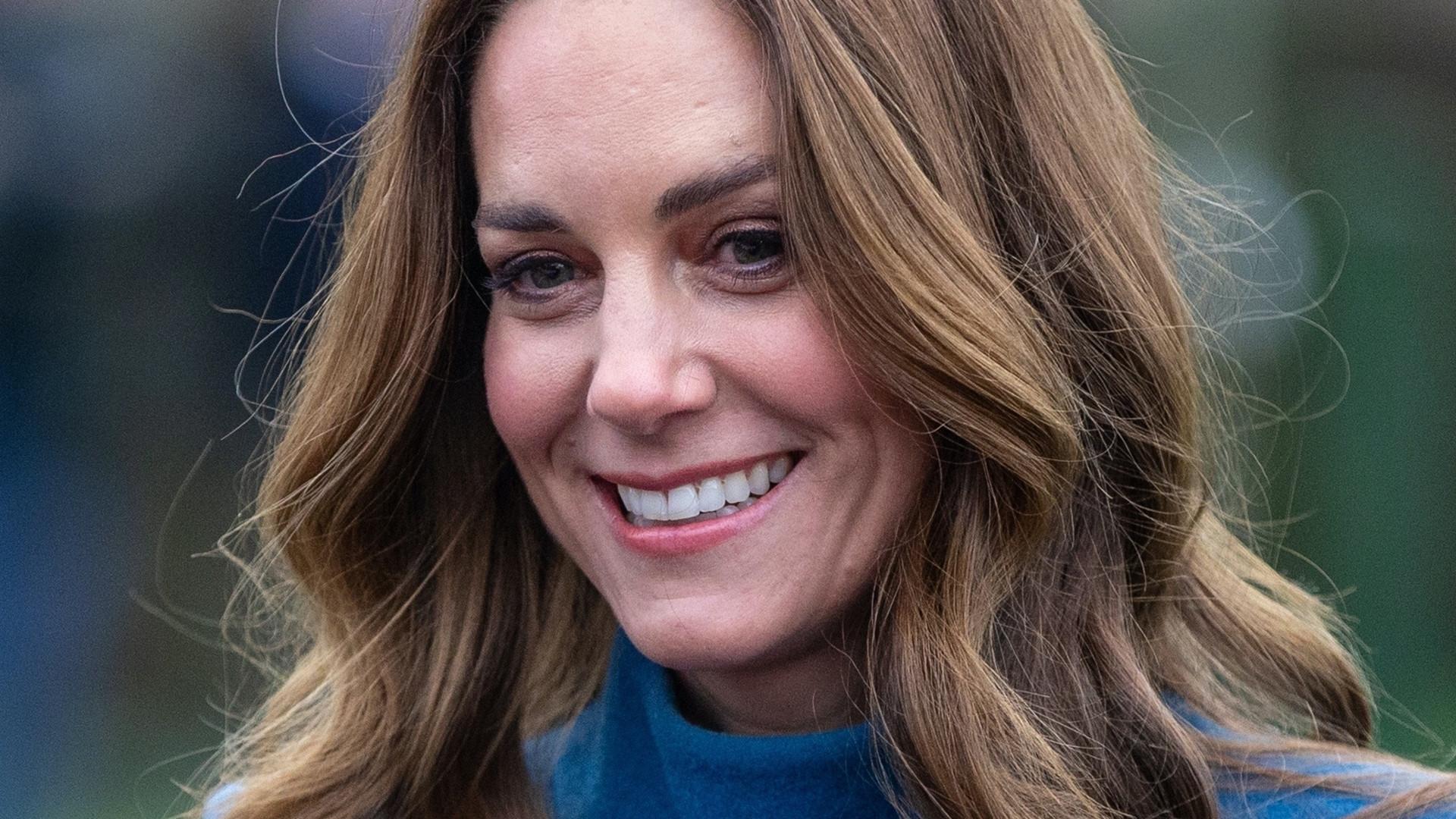 Księżna Kate ma nową fryzurę. Dodała jej PAZURA!