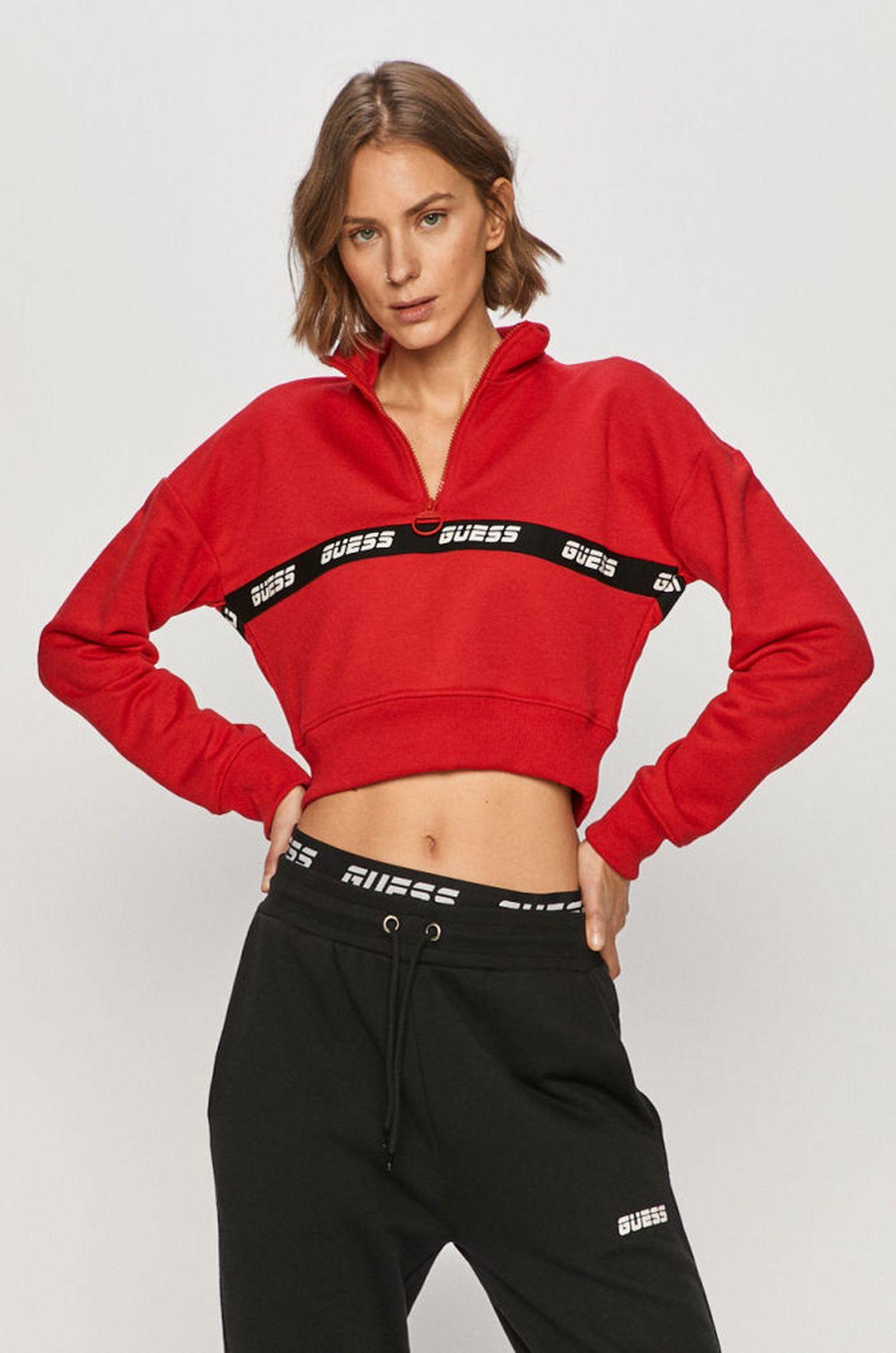 Czerwona bluza dresowa