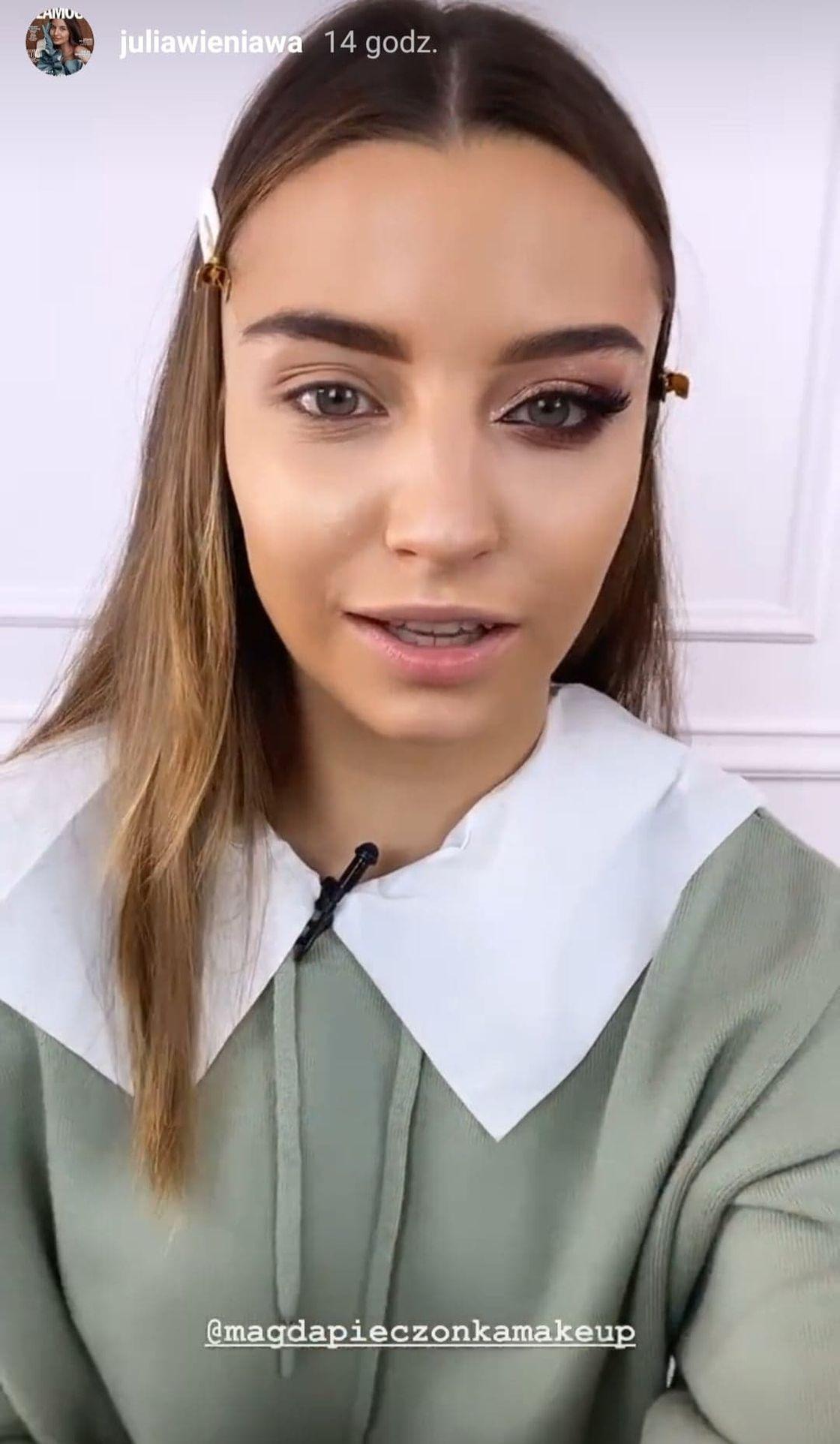 Julia Wieniawa w makijażu