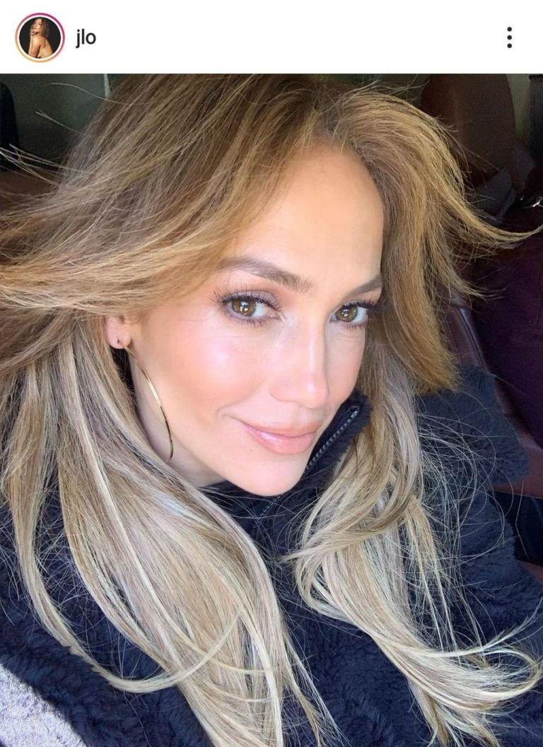 Jennifer Lopez w długich włosach