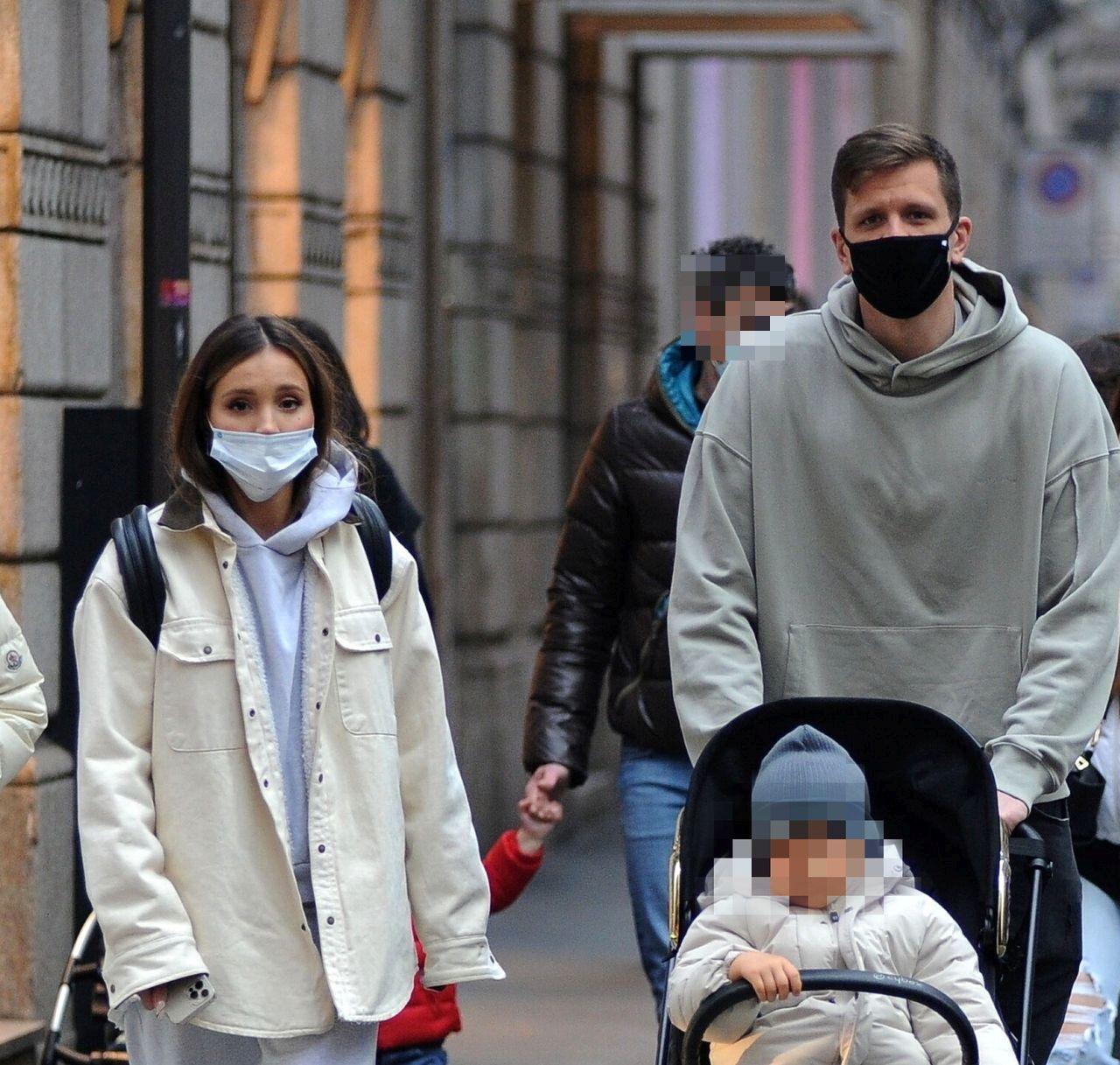 Marina na spacerze z rodziną