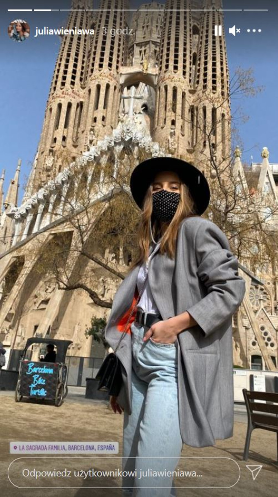 Julia Wieniawa wyleciała do Barcelony.