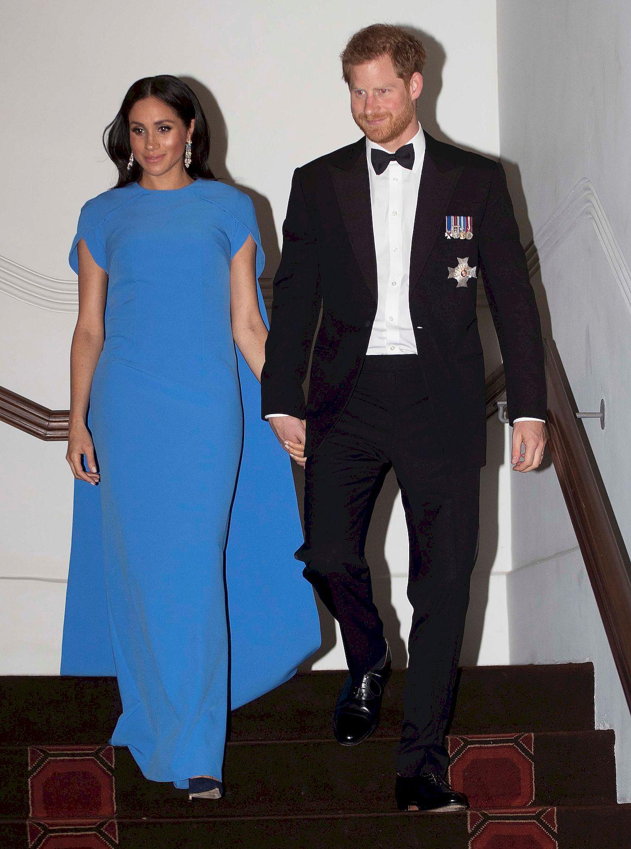 Meghan Markle i książę Harry w 2018 roku wzięli udział w przyjęciu u prezydenta Fidżi, Jiojia Konrote