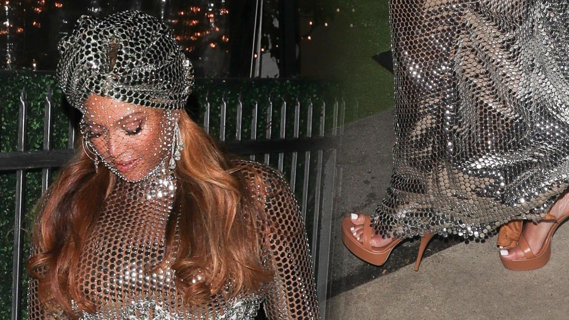 Beyonce triumfatorką na Grammy. Wymknęła się na kolację z mężem w połyskującej sukni (ZDJĘCIA)
