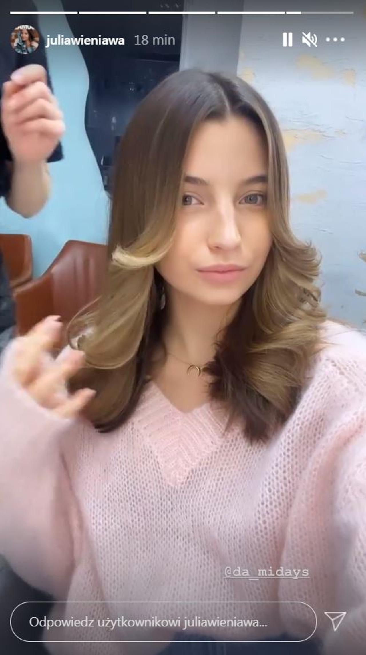 Julia Wieniawa odświeżyła włosy.