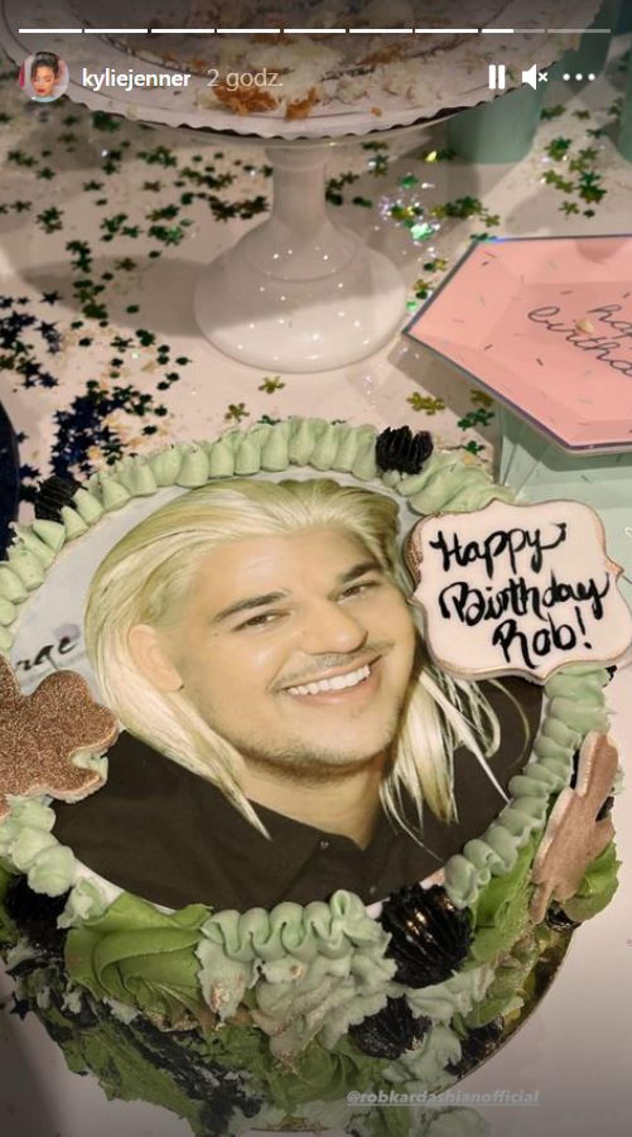 Impreza urodzinowa Roba Kardashiana.
