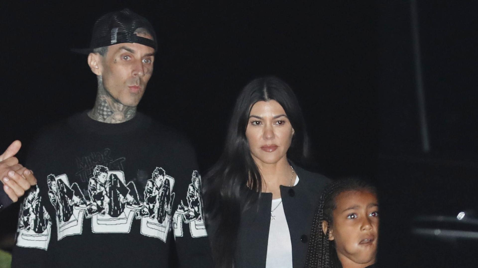Kourtney Kardashian i Travis Barker na RANDCE! Zabrali Penelope i North (ZDJĘCIA)
