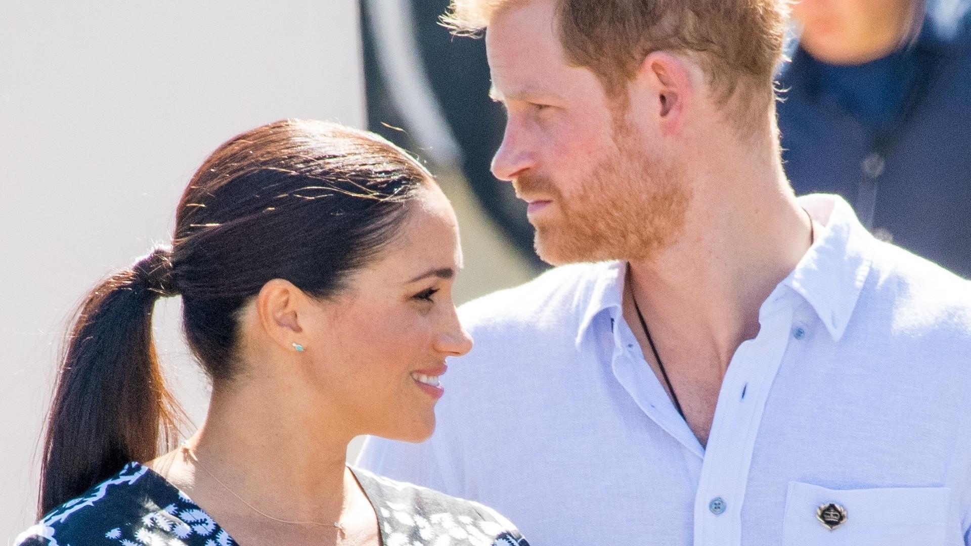 To już pewne – książę Harry SAM przyleci na pogrzeb księcia Filipa. Meghan Markle się NIE pojawi
