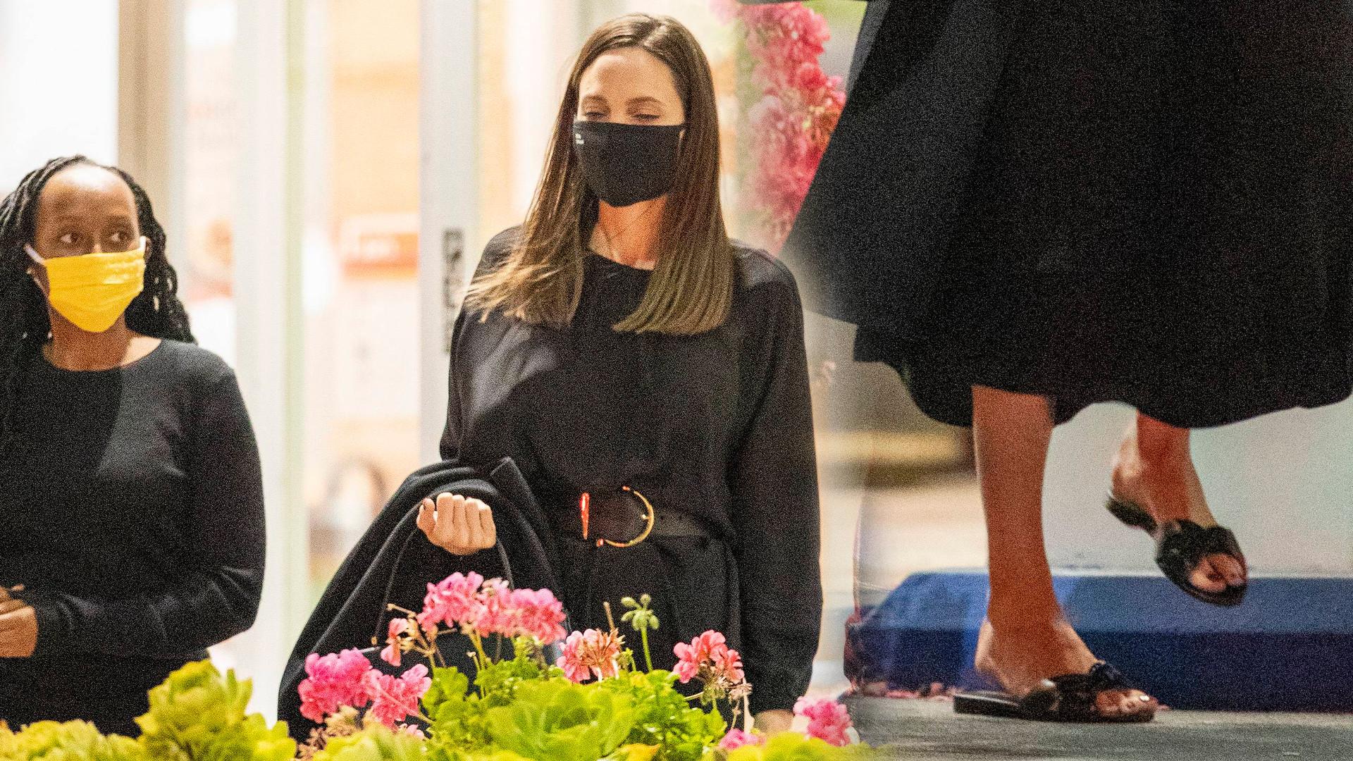 Angelina Jolie z synem Paxem i córką Zaharą poszła na sushi. Jej dzieci są już prawie dorosłe (ZDJĘCIA)
