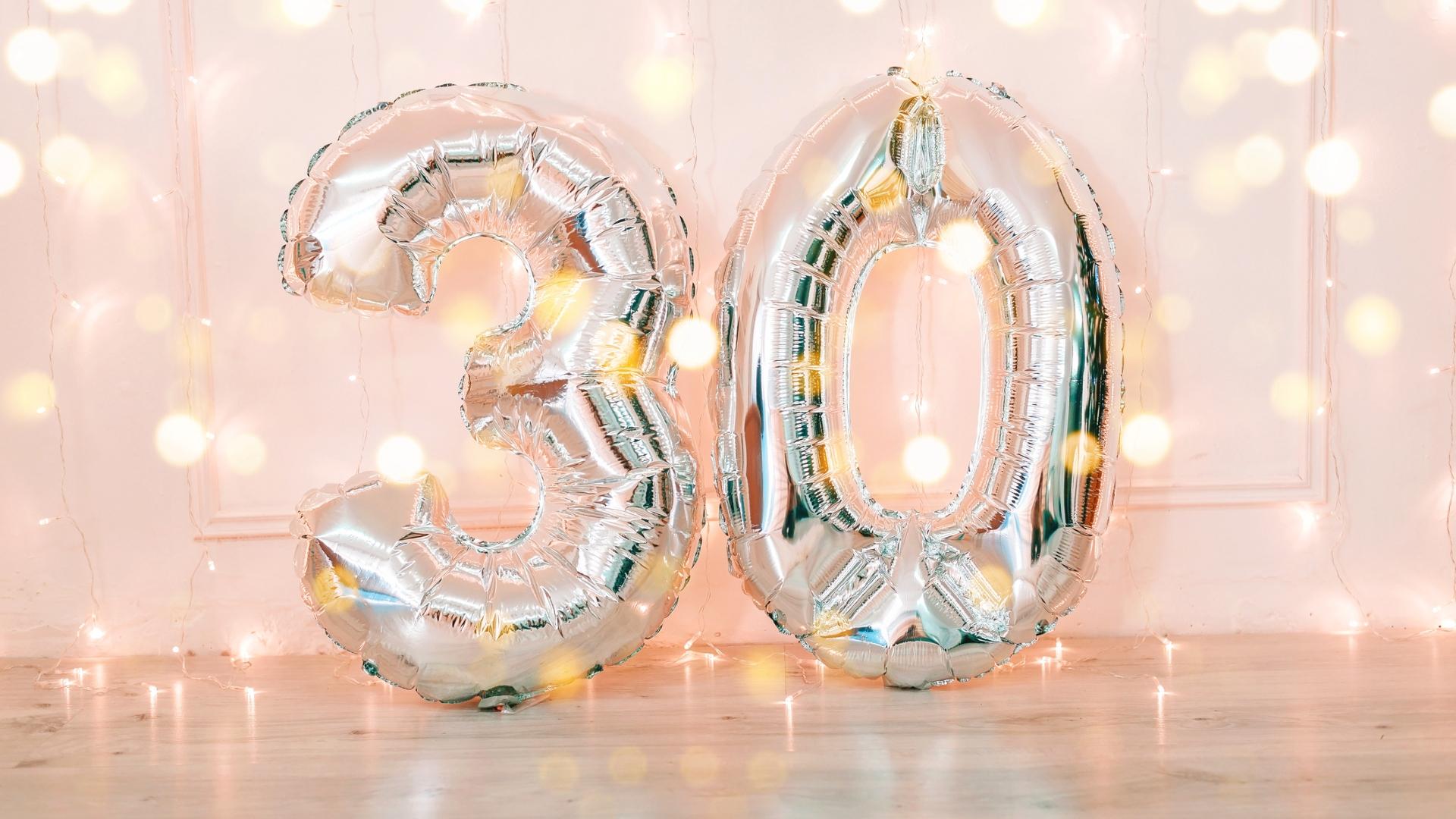 Prezent na 30. urodziny – pomysły dla niej i dla niego!