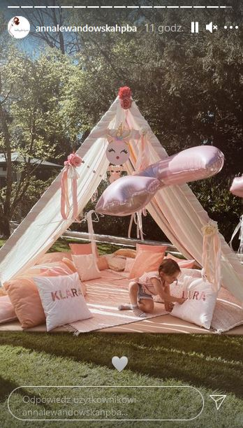 Lewandowscy zorganizowali przyjęcie w ogrodzie dla córek