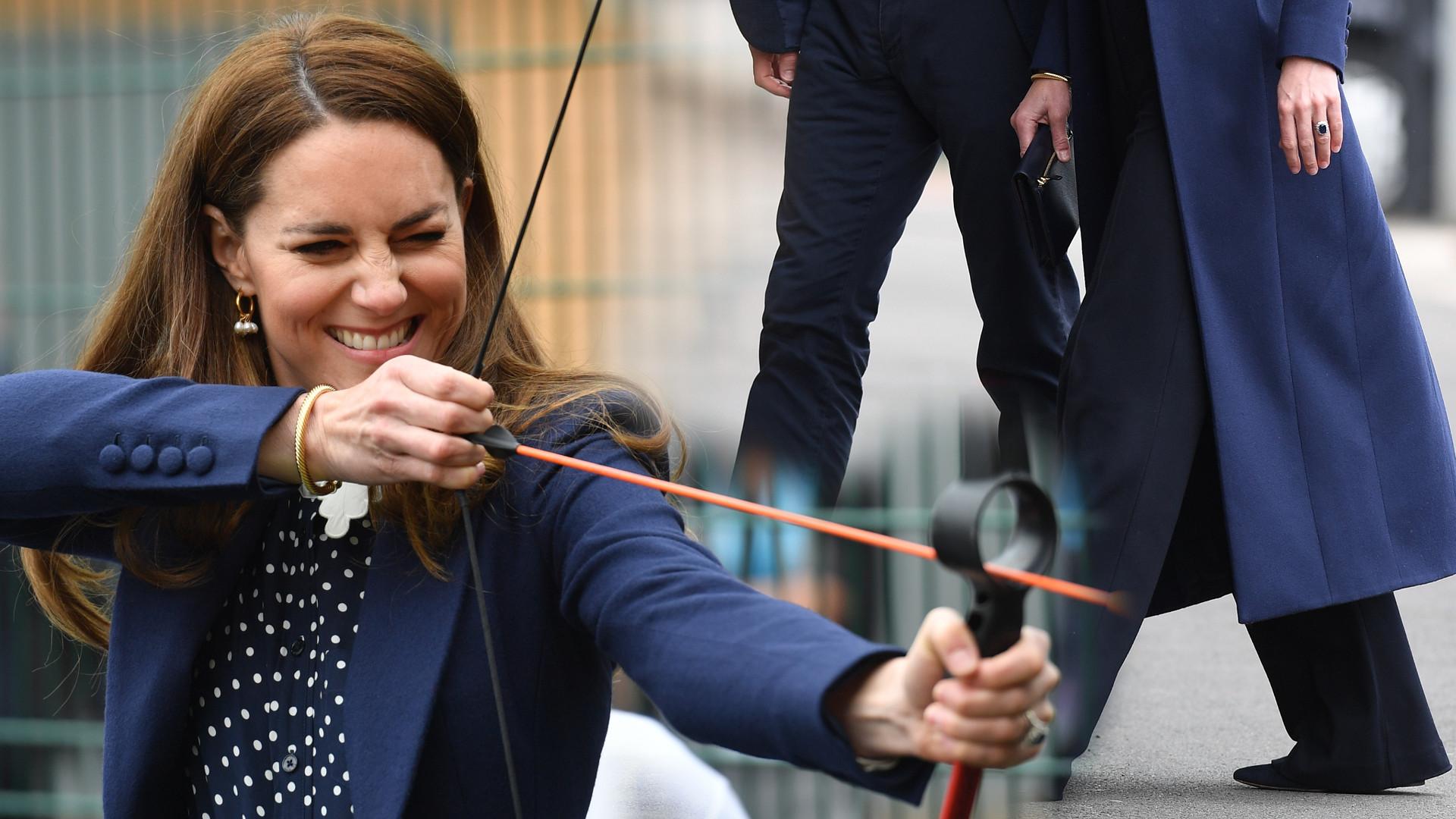 Księżna Kate bierze na ręce jaszczurkę i gra z Williamem w ping-ponga. Takich spodni dawno nie miała na sobie (ZDJĘCIA)
