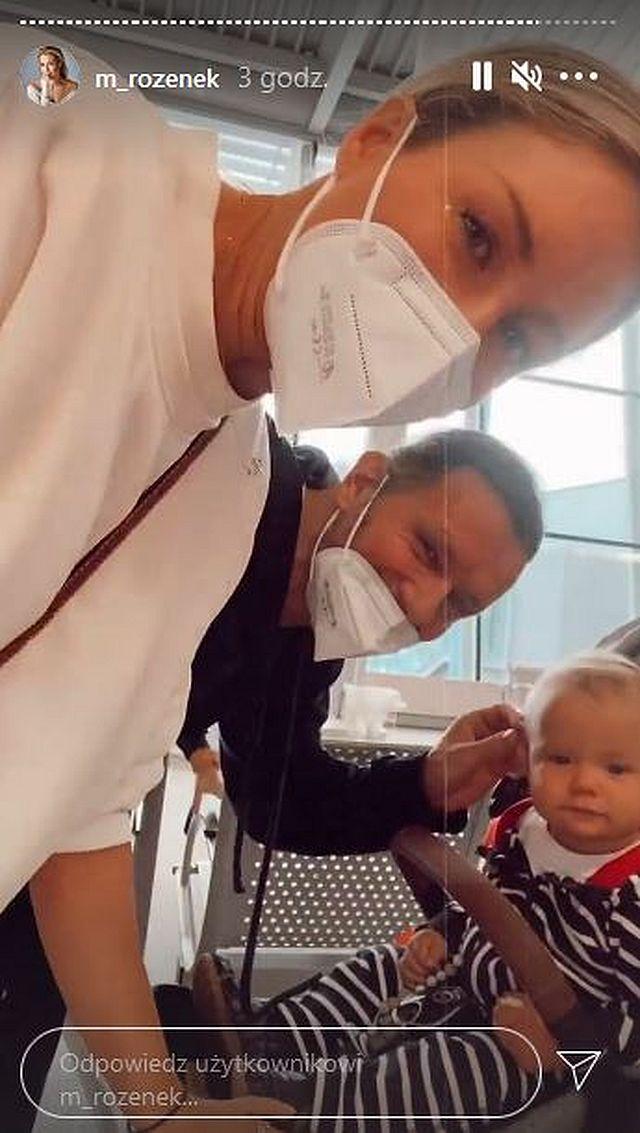 Małgorzata Rozenek z rodziną na lotnisku