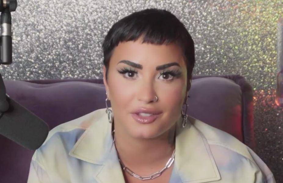 """Demi Lovato jest niebinarna i każe się określać jako """"oni"""""""