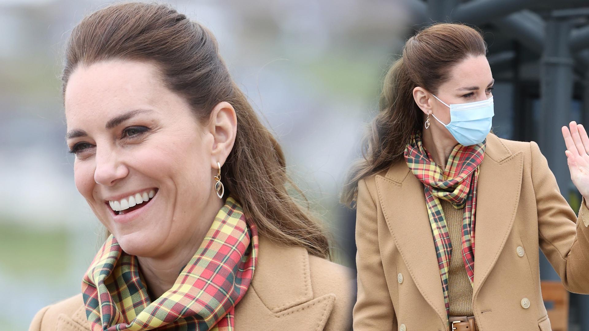 Księżna Kate w genialnym TOTAL looku. Dawno nie wyglądała tak modnie i na czasie (ZDJĘCIA)