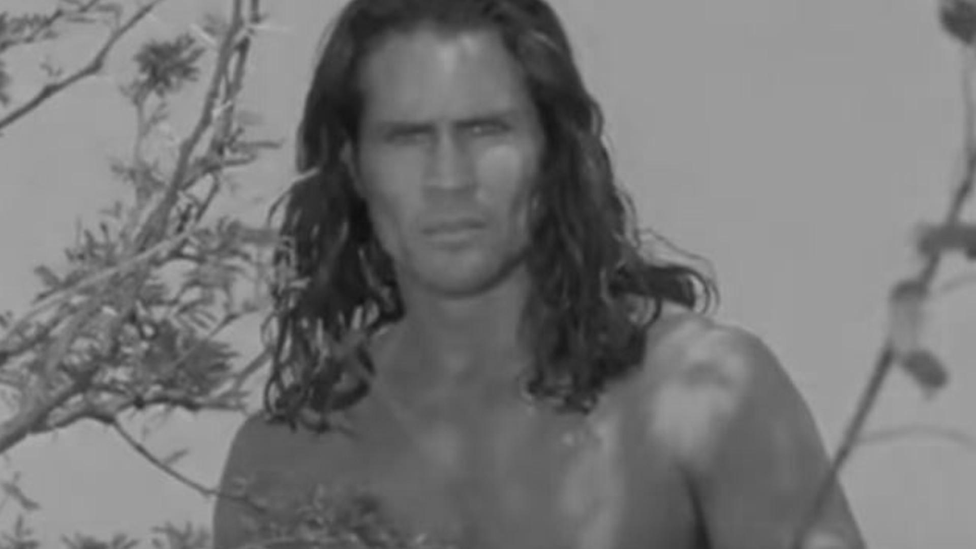 Nie żyje Joe Lara, znany z roli Tarzana. Zginął wraz z żoną w katastrofie lotniczej