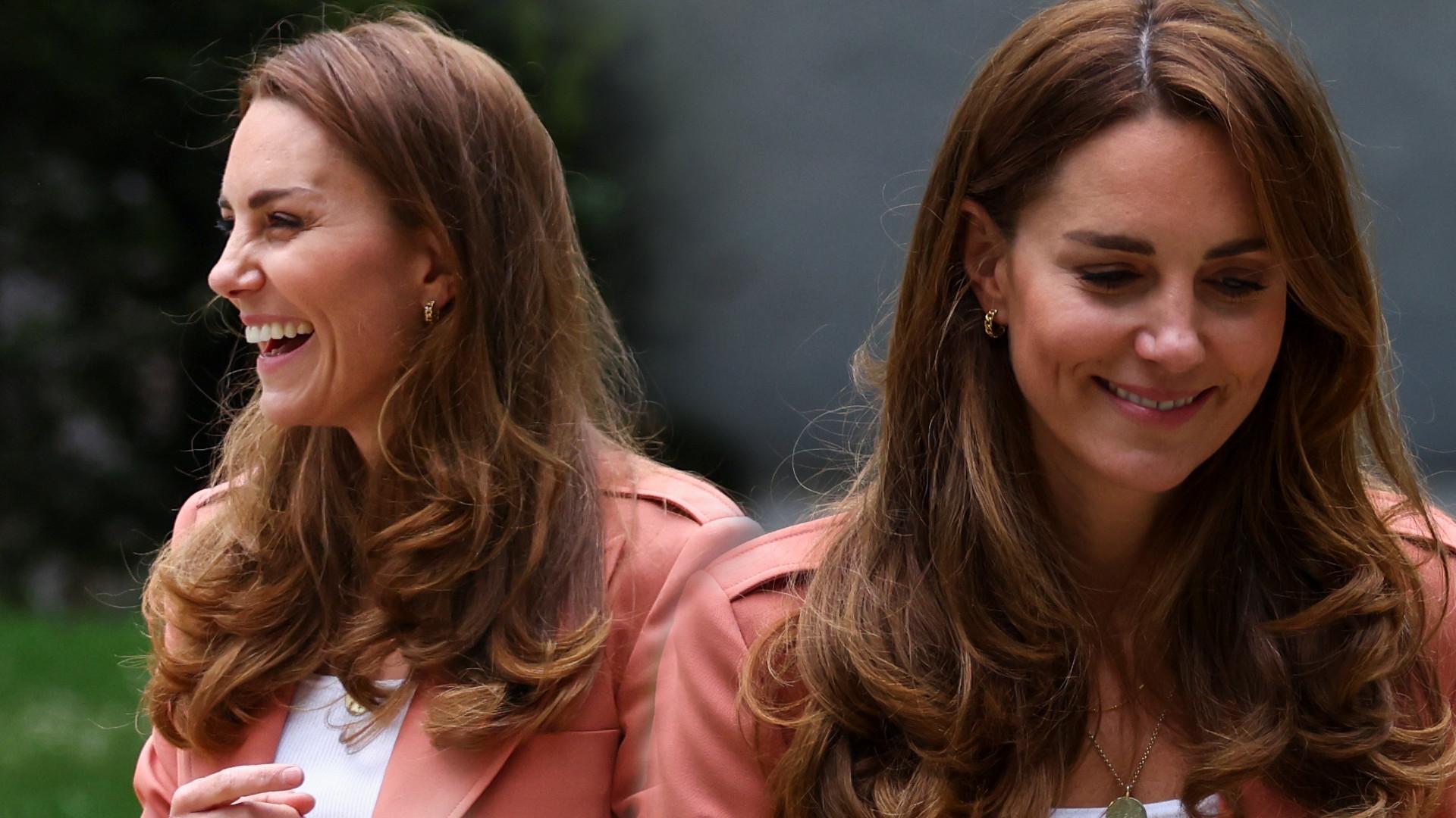 Księżna Kate w takich jeansach to rzadki widok – a szkoda, bo wygląda w nich świetnie! (ZDJĘCIA)