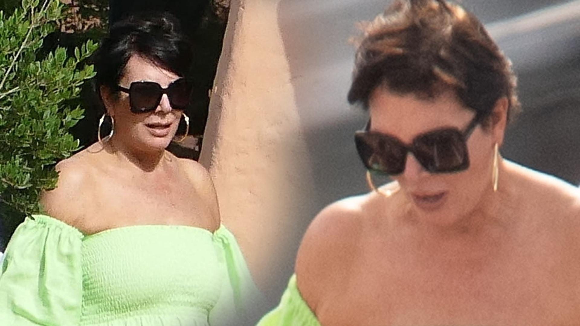 65-letnia Kris Jenner na wakacjach z chłopakiem. Nietypowa stylizacja momagerki (ZDJĘCIA)