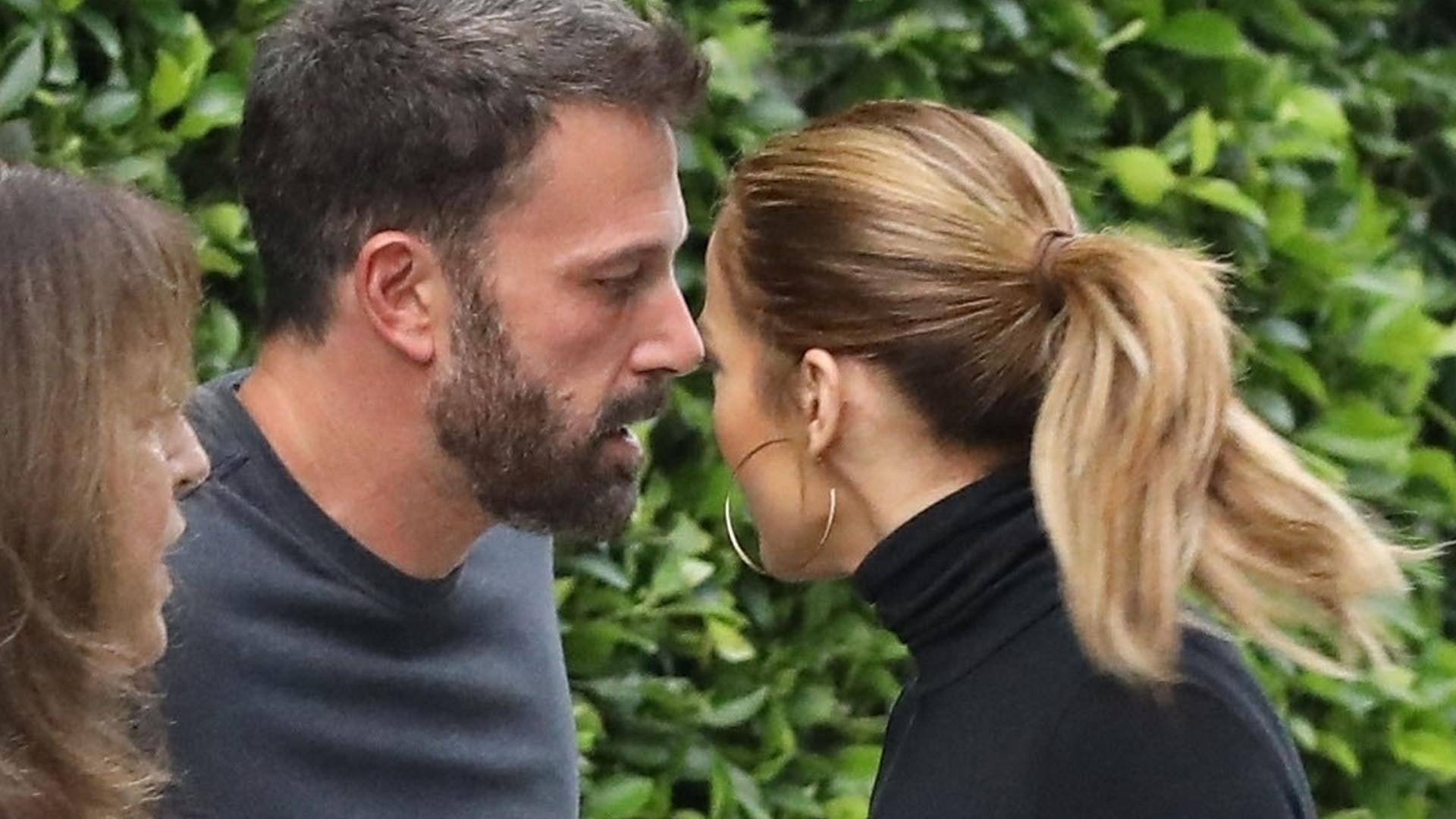 Jennifer Lopez zwariowała na punkcie Bena Afflecka. Zdjęcia ich czułego pożegnania obiegły świat