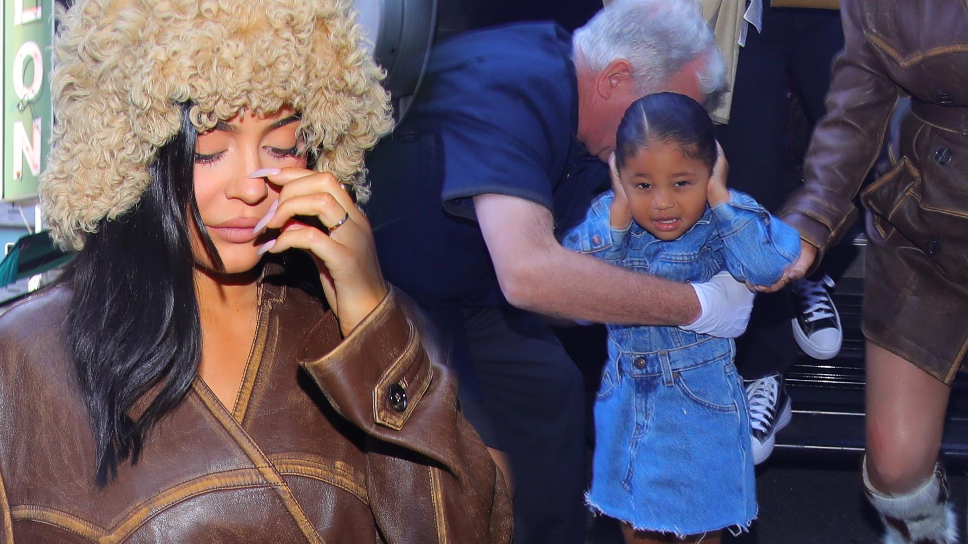 Ciężarna Kylie Jenner z córeczką Stormi – dziewczynka zaczęła krzyczeć i płakać (ZDJĘCIA)