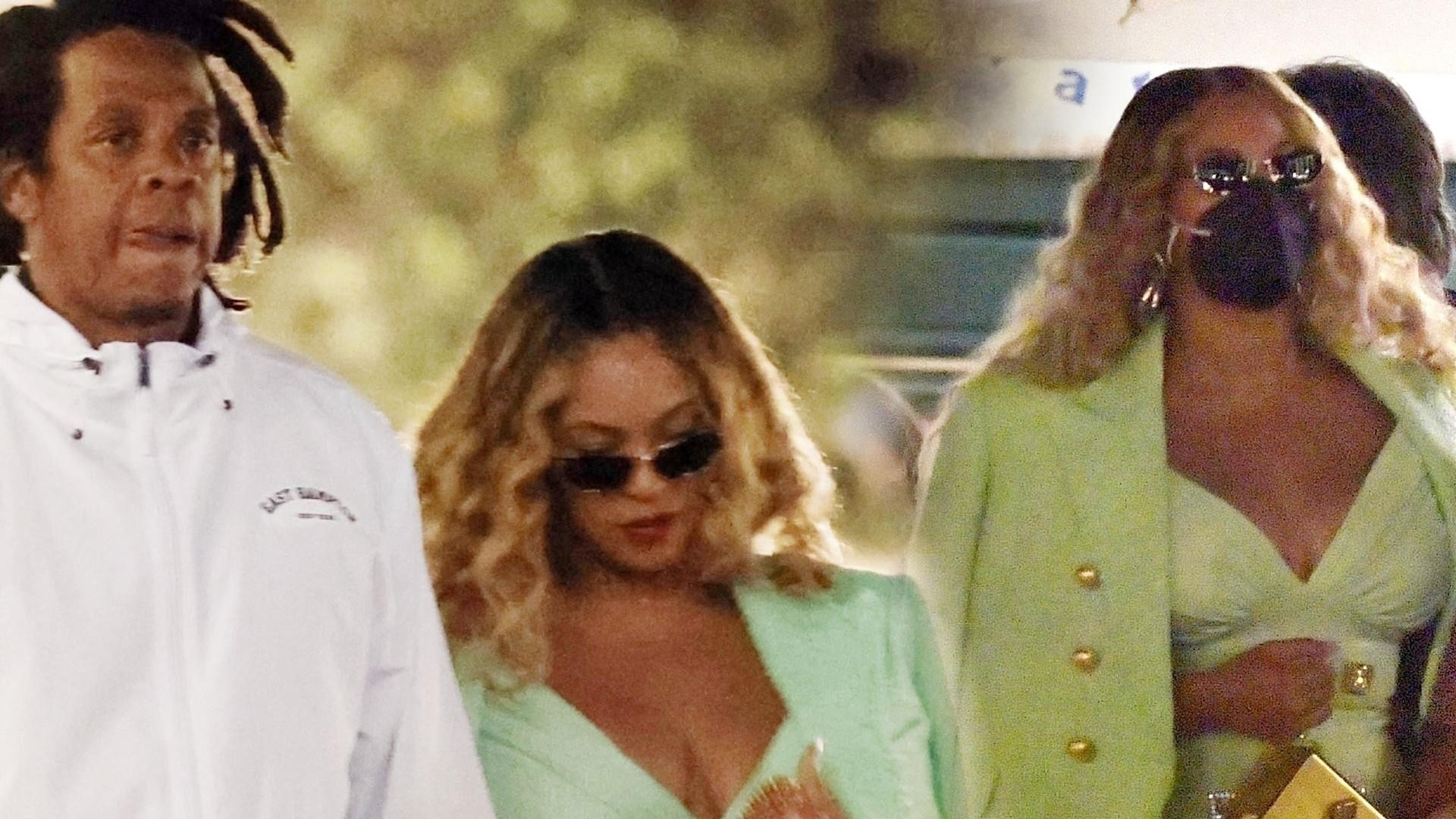 WOW! Beyonce podkreśliła swoje kształty zieloną mini podczas rodzinnego spaceru po Portofino (ZDJĘCIA)