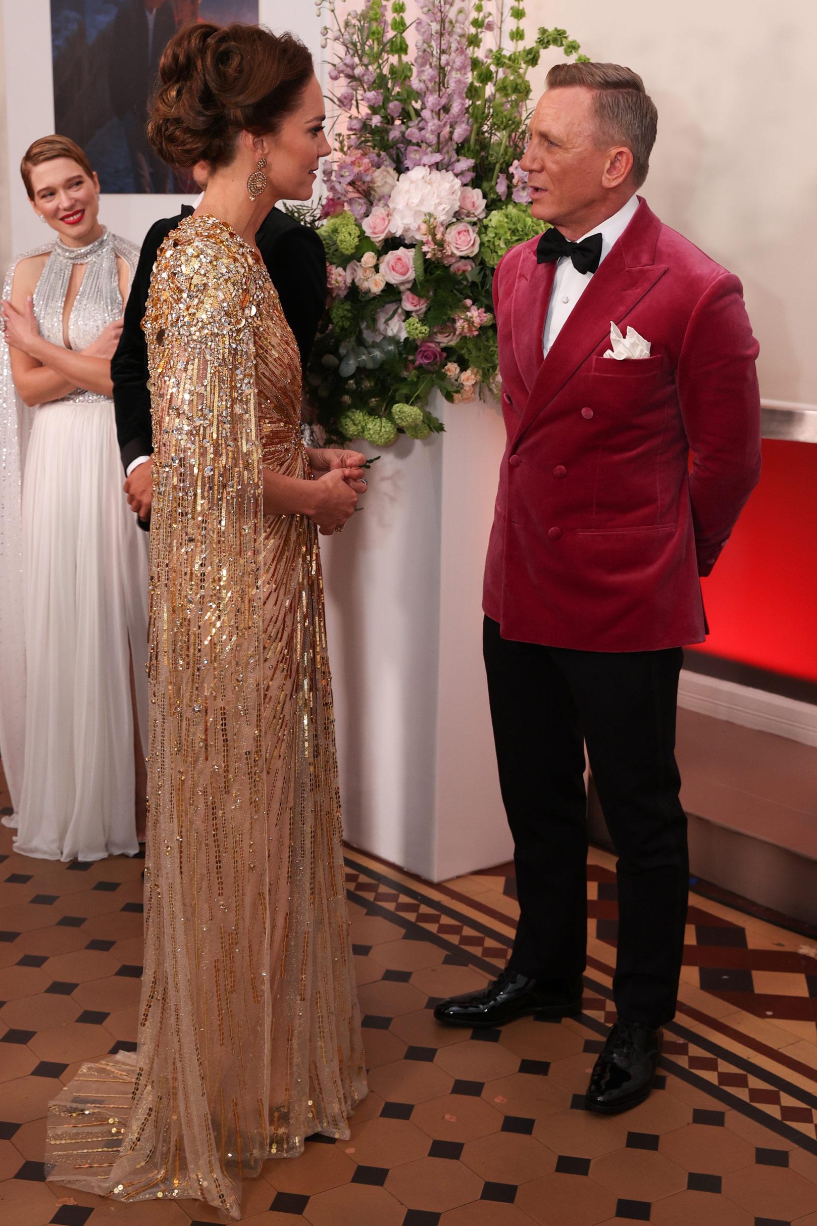 Księżna Kate na premierze nowego filmu z Jamesem Bondem