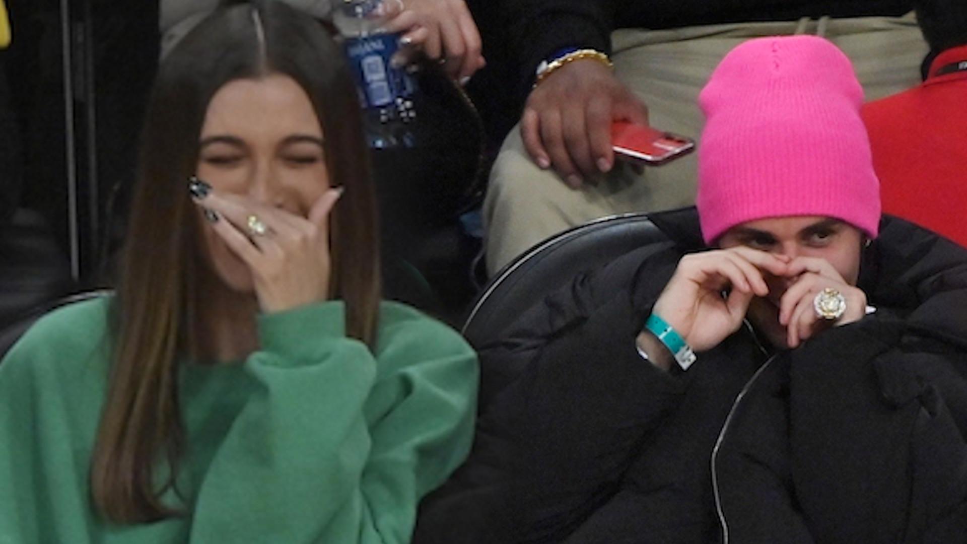Rozbawieni Bieberowie na meczu z Kendall Jenner (ZDJĘCIA)